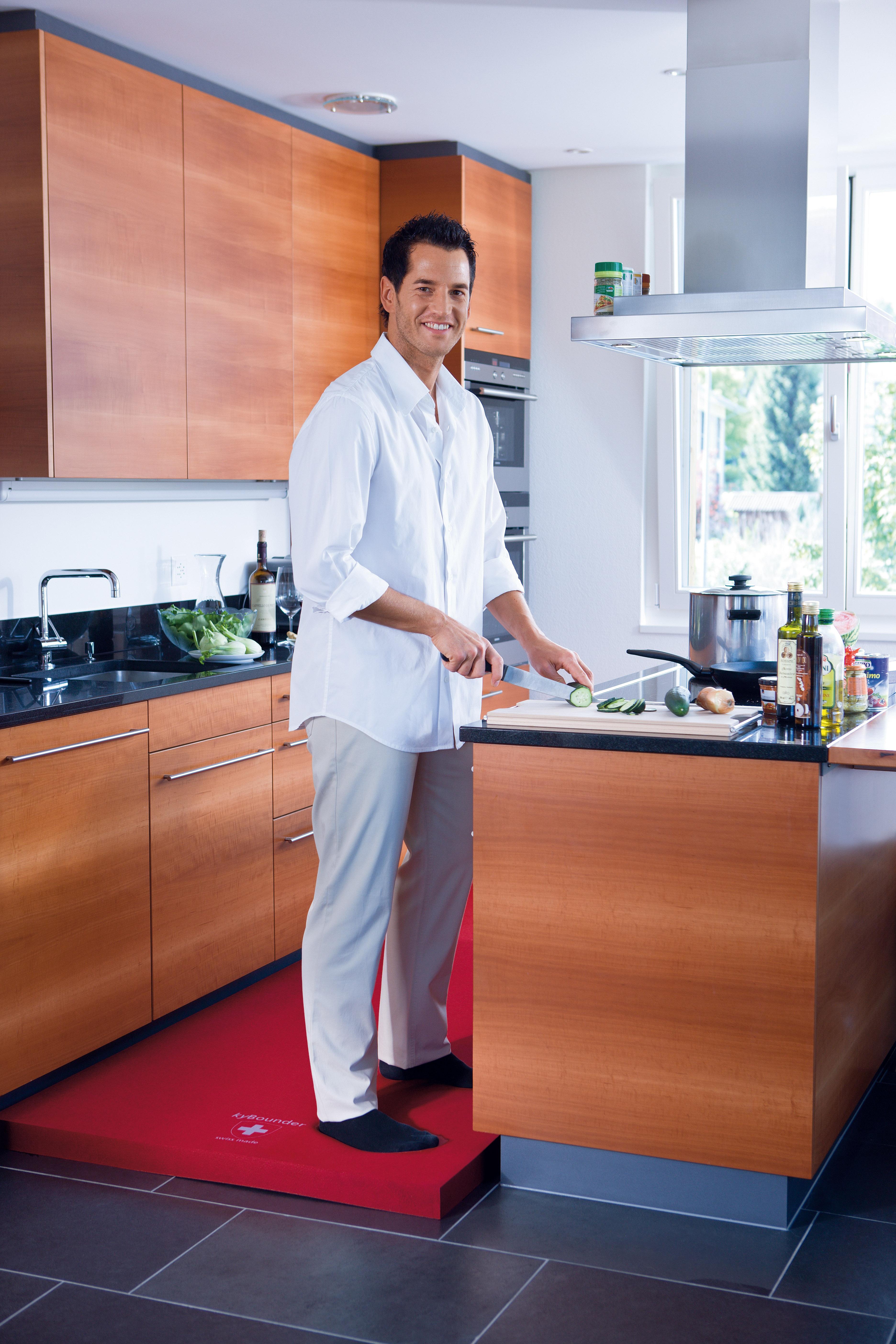 Beautiful Man In Kitchen Design Ideas
